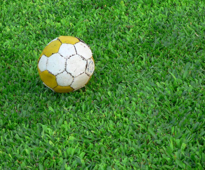 Primeira partida de futebol no Brasil